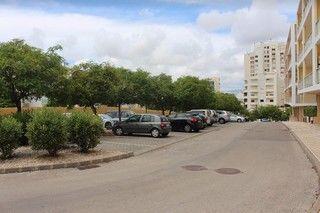 estacionamento interior condomínio
